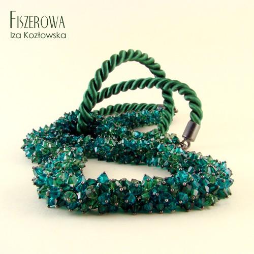 Kryształowy sznur w zieleni